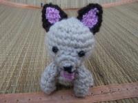 Собачка маленькая выполнена из полушерстянной пряжи, наполнитель - холофайбер. Игрушка для деток и подарок.