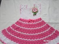 чудова святкова літня сукня для вашої донечки. Виготовлена зі 100 % бавовняних ниток. Прикраса знімається.Виглядає розкішно, носиться чудово! Виготовлю на замовлення за 10-14 днів. Дана сукня на обхват грудей 62 см. Довжина спідниці 39 см. Можу виготовити любий розмір.