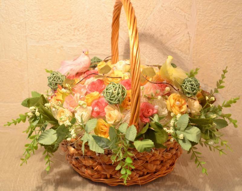 Декоративные цветы своими руками корзинках