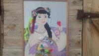 Картинка шита вручну  в техніці аплікації з  тканини. Авторський добір тканин за фактурою та кольоровою гамою. Автор-дівчинка 13 років.