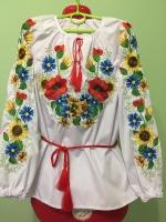 Яркая вышиванка с маками вышита гладью . Ткань – поплин . Размеры на фото ( размер 40 ) . Машинная вышивка .